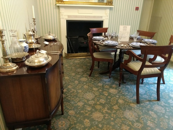 Ambiente recriado da casa de Robert Owen